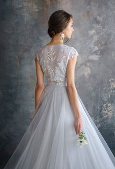 True there are many classic styled dresses that. However, not all of the wedding dress styles from the past would look quite right in Wedding Dresses With Flowers, Modest Wedding Dresses, Boho Wedding Dress, Wedding Gowns, Flower Girl Dresses, Floral Wedding, Bride Gowns, Bridal Fashion Week, Camila