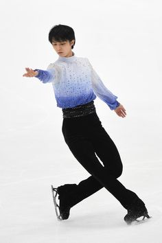 Yuzuru Hanyu Photos - 83rd All Japan Figure Skating Championships - Day 2 - Zimbio