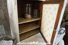 Vintage Schränke - Uralt! Schrank aus Frankreich shabby weiss - ein Designerstück von elisabethUNDjohannes bei DaWanda