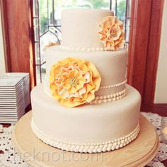 Peach rosette wedding cake | Anne Marie Photography | Sophie's Choice Bakery | www.theknot.com