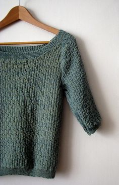 Ravelry: TouchMeNot's Raindrop blouse.