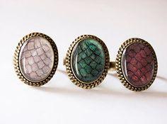 These rings inspired by the dragons of Games of Thrones: | 23 Cosas que todos los fans de Game of Thrones querrán comprar