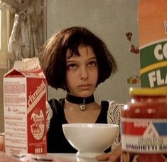 Aesthetic Movies, Retro Aesthetic, Aesthetic Photo, Aesthetic Pictures, 90s Movies, Iconic Movies, Good Movies, The Best Films, Leon The Professional Quotes