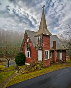 Old church in Hendersonville, NC - Old by Mark Turnau - Buildings & Architecture Other Exteriors Abandoned Churches, Old Churches, Abandoned Cities, Sacred Architecture, Church Architecture, Casas Country, Old Country Churches, Church Pictures, Take Me To Church