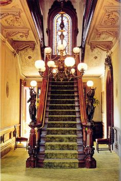 From The Victorian Elijah Thomas Webb Home here is a pic of the Victoria Mansion staircase in Portland Maine. WOW!!!