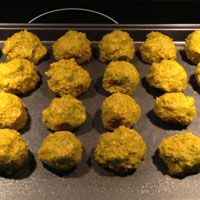 Quinoa & Chicpea Falafel: Another win for quinoa in recipes.  Grilled the patties and served them up on Fattoush Salad