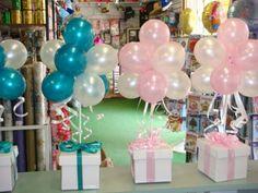 Topiary balloon table cluster arrangement