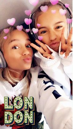Le mie sceme Boy Best Friend Pictures, Sister Pictures, Sister Pics, Lisa Or Lena, Barbie Model, Bff Goals, Best Friends, Celebrities, Youtubers