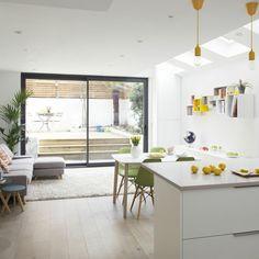 design originale e arredamento cucina moderna con grande isola e ...