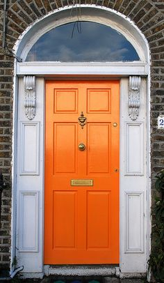 orange front door.  so fun.