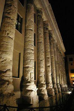 Tempio di Adriano -piazza di Pietra | Flickr – Condivisione di foto!