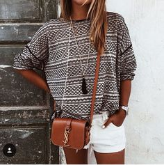Love this sweater and necklace combination