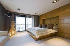 bedroom tv wall mount