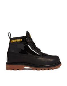 Bild 1 von Caterpillar – Alexa – Schwarze Ankle Boots aus Lack