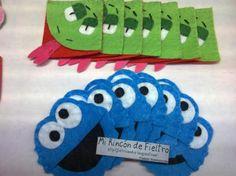 Marcapáginas de esquina realizado en fieltro, modelo serpiente y monstruo de las galletas. MRF Mi Rincón de Fieltro.
