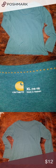 "Carhartt V-neck knit long sleeve women's shirt XL CarharttV-neck knit long sleeve women's shirt in teal green 100683. Excellent used condition, worn a few times. Size XL, chest measures 21.5"" pit to pit, length 24"". Carhartt Tops Tees - Long Sleeve"