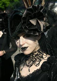 """Wave-Gotik-Treffen Leipzig www.de/english/ """"largest gothic festival on this planet"""" Mehr Gothic Steampunk, Gothic Art, Victorian Gothic, Gothic Girls, Steampunk Fashion, Gothic Lolita, Victorian Fashion, Gothic Fashion, Victorian Dresses"""