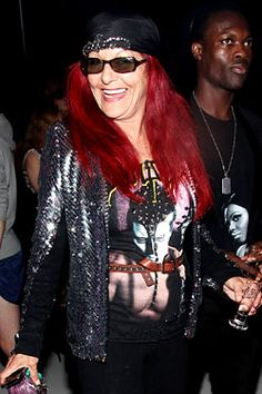 I cannot believe Patricia Field was not included in Global Grind's Stylish Lesbian List ~ I mean look at that sparkly jacket!