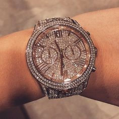 Michael Kors glitz and glam watch. Love this, wish it was smaller though.  #FASHION MK BAGS# MICHAEL KORS