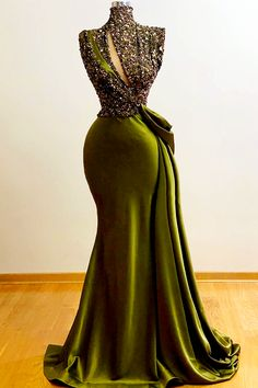 Classy Gowns, Classy Dress, Gala Dresses, Event Dresses, African Fashion Dresses, African Dress, Lace Gown Styles, Beautiful Gowns, Pretty Dresses