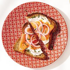 Smoked Salmon Toast http://www.womenshealthmag.com/weight-loss/healthy-breakfast-ideas/slide/2