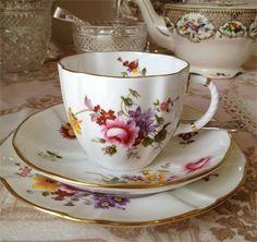 Antique Tea Cups, Vintage Teacups, Vintage China, Vintage Love, Coffee Time, Tea Time, Tea Service, Sweet Tea, Event Styling