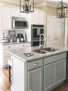 White Cabinets White Countertops, Grey Kitchen Cabinets, Kitchen Flooring, Kitchen Countertops, Kitchen Grey, Maple Cabinets, Kitchen Shelves, Farmhouse Kitchen Island, Modern Farmhouse Kitchens