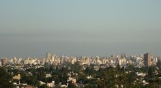 Córdoba es la segunda ciudad más grande de Argentina y es conocida por su abundancia de edificios coloniales españoles.