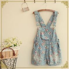Buy 'Fairyland – Floral Washed Dungaree' with Free International Shipping at YesStyle.com. Browse and shop for thousands of Asian fashion items from China and more!