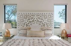 Moroccan Décor: Home Decor, Home Improvement & Home Design – Self Home Decor Small Room Bedroom, Home Bedroom, Bedroom Decor, Beautiful Bedroom Designs, Beautiful Bedrooms, Boho Bed Frame, Bohemian Headboard, My New Room, Interior Design Inspiration