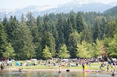 Enjoy the great outdoors with these top 8 Whistler summer activities. Read about lakes, tours, biking and bungee jumping in the Canadian destination. #travel #itrip #vacationrental