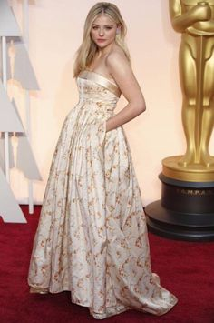Chloe Grace Moretz w sukni Miu Miu, Oscary 2015