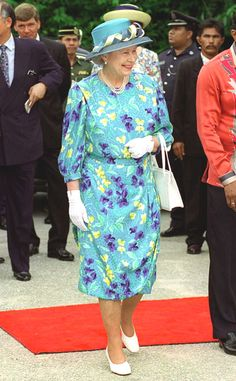 1998 from Queen Elizabeth II's Royal Style Through the Years | E! Online