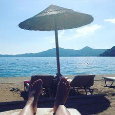 Today at the beach  #corfu #beach #relax #energietanken #weddingplanner #onholiday by hochzeitsplanerin_sinahwache