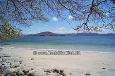 Playa Blanca, Costa Rica en Nacascolo, Liberia, Guanacaste: informacion, ubicacion, mapa con direccion, coordenadas para GPS, como llegar en autobus o avion, fotos y video.
