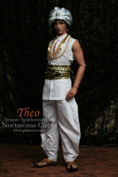 Theo (Snake Charmer) by Iplehouse
