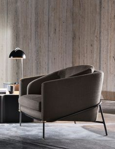 Fil Noir armchair by Minotti — Minotti Furniture, Sofa Furniture, Design Furniture, Chair Design, Single Couch, Canapé Simple, Italian Furniture Brands, Sofa Colors, Colorful Furniture