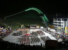 Hier geht's zum Event-Kalender #planai #schladming #hochwurzen #reiteralm Open Air, Marina Bay Sands, Building, Travel, Concerts, Tourism, Seasons, Horseback Riding, Calendar