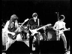 ▶ Jimmy Page, Eric Clapton & Jeff Beck Goodnight Irene Live ARMS '83 - YouTube