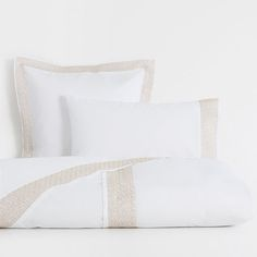 Image of the product Mini Design Embroidered Percale Cotton Bed Linen
