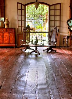 Image detail for -ancestral house bacolod city national historical institute philippines . Filipino Architecture, Philippine Architecture, British Colonial Style, Colonial Style Homes, Filipino Interior Design, Future House, Filipino House, Old House Design, Philippine Houses