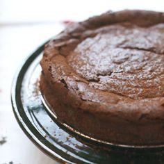 Fran Bigelow's Deep Chocolate Torte Recipe - Saveur.com
