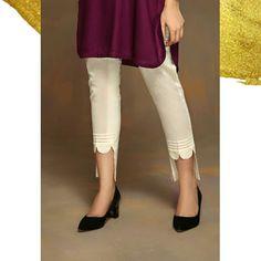Kurti Sleeves Design, Sleeves Designs For Dresses, Dress Neck Designs, Blouse Designs, Pakistani Dresses Casual, Pakistani Dress Design, Salwar Pattern, Kurti Patterns, Salwar Pants