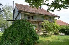 Wohnhaus und Bauland an ländlich-idyllischer Lage, grösserer Renovationsbedarf