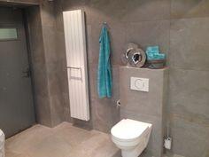 Badkamer Maarssen met tegel Olivia Gris en Mat wit 30x60 onze ...
