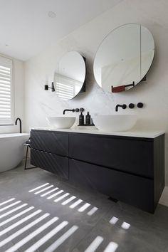 5 bathroom trends about to be huge according to The Block - Vogue Australia The Block Bathroom, Dark Wood Bathroom, Black Vanity Bathroom, White Bathroom, Master Bathroom, Reece Bathroom, Laundry In Bathroom, Modern Bathroom Design, Bathroom Interior Design