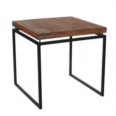 Bijzettafeltje in een warme combinatie van hout en metaal.