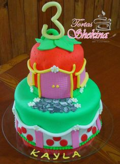 Torta decorada infantil de fresita, Caracas, Venezuela. Cotizaciones: tortas.shekina@gmail.com, Tlf: 0416-8812705/0212-2579835