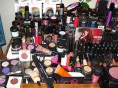 good lord that's a lot of make up...and it's all MAC - even better <3