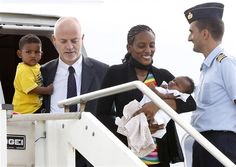 Meriam Ibrahim Arrives in Italy, 1 Day After Conservatives Blast Obama for Ignoring Her Plight July 24, 2014 - 6:29 AM
